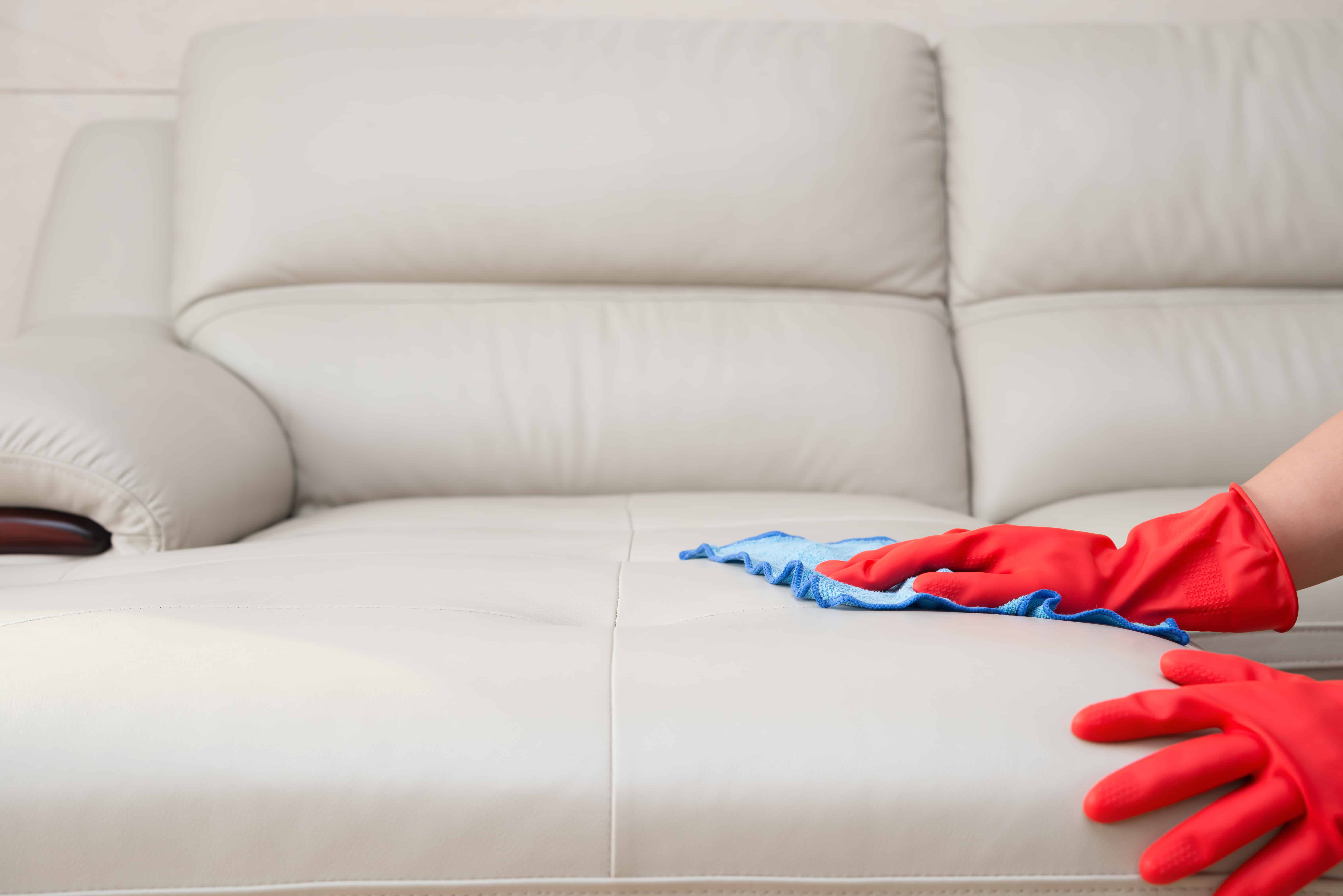 Top-leather-upholstery-cleaning-tips.